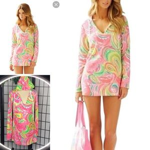 Sale!! Lilly Pulitzer Megan V- Neck Tunic Hoodie